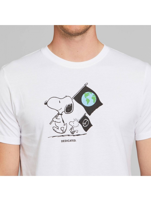 DEDICATED SNOOPY FLAGS T SHIRT